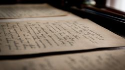 old-letters-436503_960_720