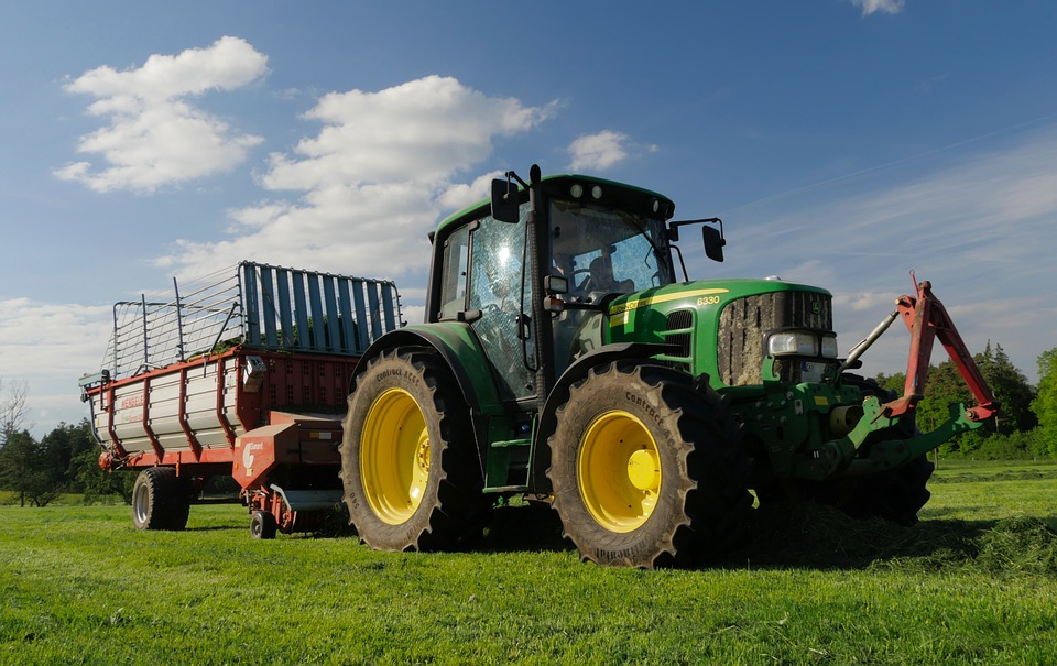 tractor-2521887_960_720