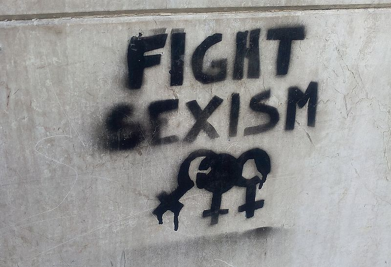 fight_sexism_graffiti_in_turin_november_2016