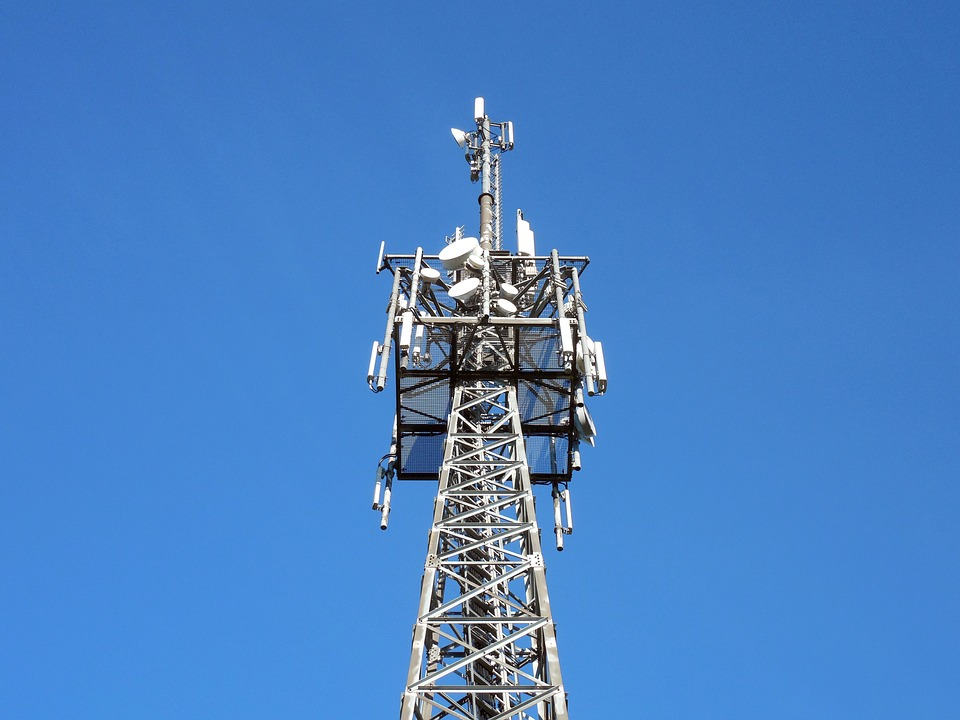 transmission-tower-1017149_960_720